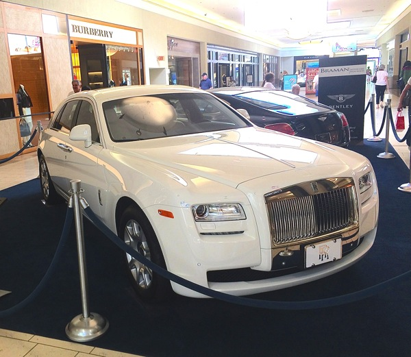 Rolls Royce in Boca Towne Center