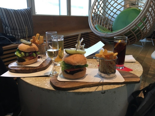 Clubhouse Burger